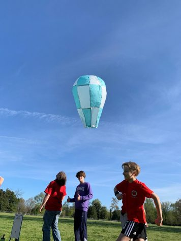GSL 8th graders launched their homemade hot air balloon into the ski
