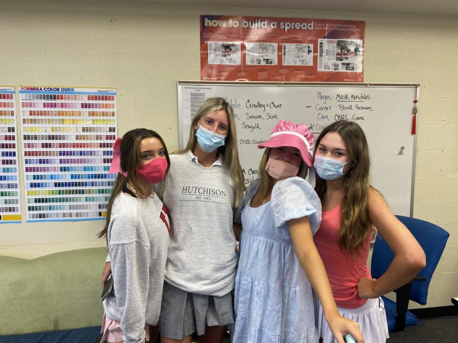 Ava Dickson, Emma Couch, Breland Myers, and Genevieve Geno are editors in Signpost and Yearbook.